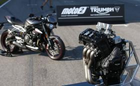 Triumph става официален доставчик на двигатели за Moto2