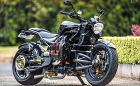 Madboxer е мотоциклет с 2,5-литров турбо боксер от Subaru WRX