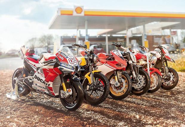 Ангел Караньотов ни сподели за готината промоция на Shell: 6 емблематични модела на Ducati за скромните 2,49 лв. Видео!