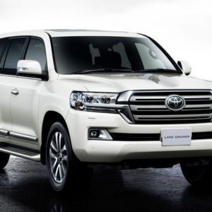 Oбновeният Land Cruiser 200 V8 | DizzyRiders.bg