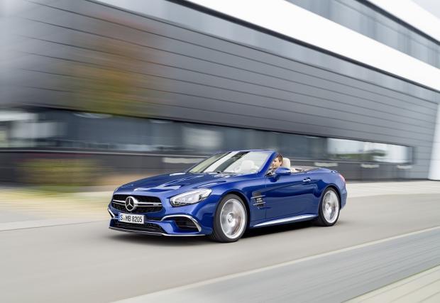 Mercedes-Benz показа обновения SL