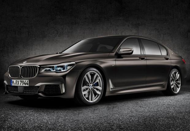 BMW 760Li xDrive V12. Запознайте се с най-престижната седмица на баварците