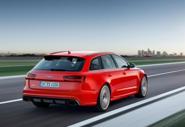Audi RS 6 Avant performance: товарач за пистата