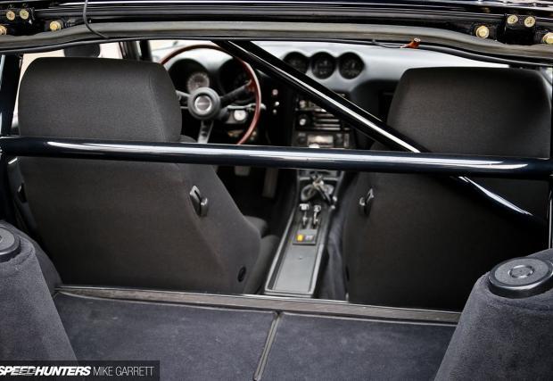 1971 Datsun 240Z. Променен, с 376 коня на задните колела и супер изчистена визия
