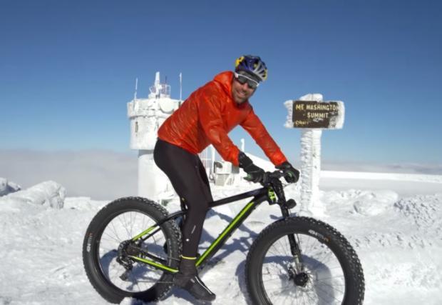 Тим Джонсън изкачи връх Вашингтон. С велосипед. През зимата... (Видео)