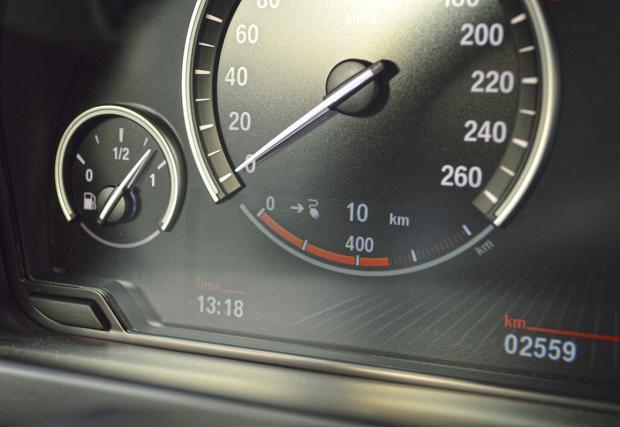 Тест на BMW X5 xDrive40e. Пъгин хибридната X5-ца (Галерия)