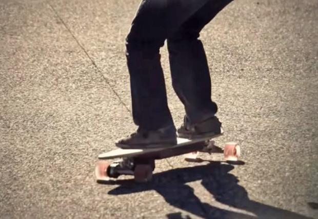 Топ 7 на най-леките електрически превозни средства - скейтбордовете (Видео)
