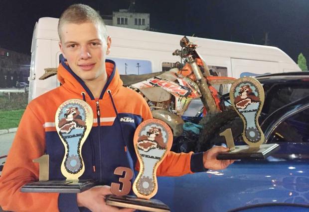 Страхотен: Теодор Кабакчиев спечели три трофея в Румъния