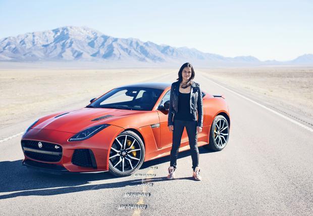 Мишел Родригез счупи личния си рекорд за скорост с Jaguar F-Type SVR - 320 км/ч. Галерия, бекстейдж кадри и видео