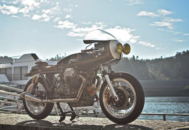 Ле-ле! Грозен или супер стилен? Ton-Up Garage Moto Guzzi Le Mans 1000