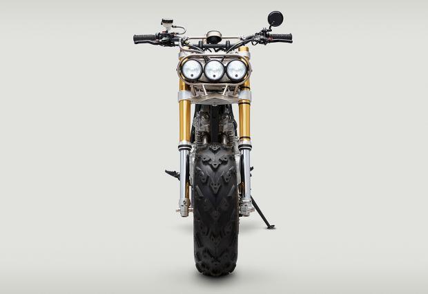 Три хубави очи. Не прави нищо добре, освен да забавлява зверски. Classified Moto Honda XR650L