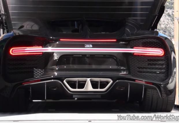 Как се разтоварва Bugatti Chiron от камион? Видео отговор. Чуйте хиперколата
