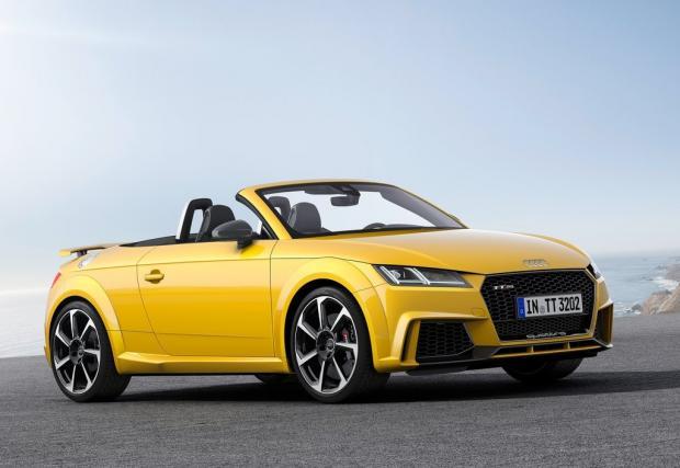 Audi TT RS Coupe и Roadster с 400 коня. Най-мощните TT-та правени някога. Чисто нови, в галерия с мнооого снимки