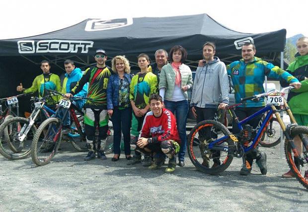 Българско участие в първия кръг на iXS European Downhill Cup 2016 в Кранска гора