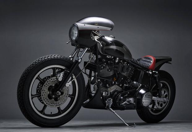 """В този мотор има нещо изключително готино. Jamesville '74 FX Shovelhead или Harely FX Super Glide, като """"кафе"""""""