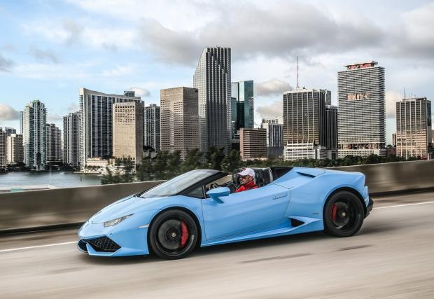 Lamborghini Huracan LP610-4 Spyder. Лятото идва, а това е буреносна галерия, която да ни подгрее