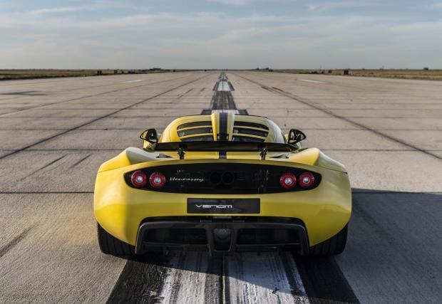 Историята зад рекордните 427 км/ч на Hennessey Venom GT Spyder. Галерия и видео