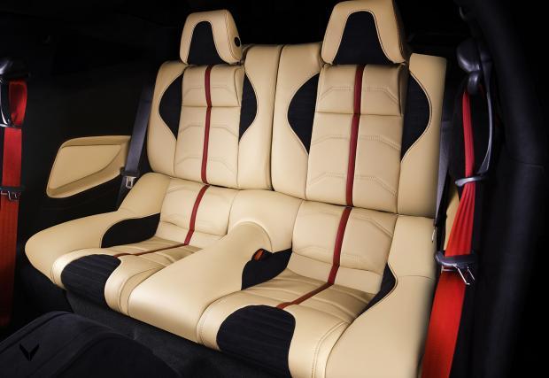 Vilner направи едно от най-уникалните си возила. Базирано е на 850-конния Shelby Mustang Super Snake. Интериорът е страхотен!