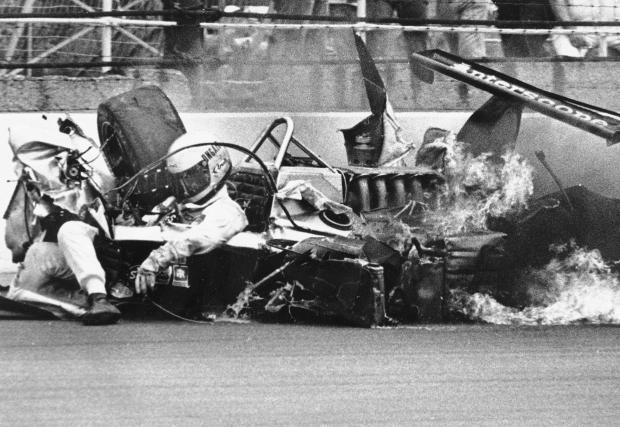 Indy 500, 1981: ужасяващата катастрофа на Дани Онгейс и колко напредна сигурността в моторните спортове. Дани не само оцелява, но и се качва в болида няколко месеца по-късно
