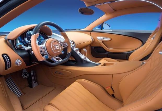 Bugatti Chiron се охлажда от 15 радиатора, ще вдигне 430 км/ч. Има си и Drift Mode, чакаме кабриото. Още вътрешна информация за автомобилното чудовище