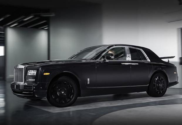Rolls-Royce разкри детайли около първия си SUV, с който ще погне Bentley Bentayga