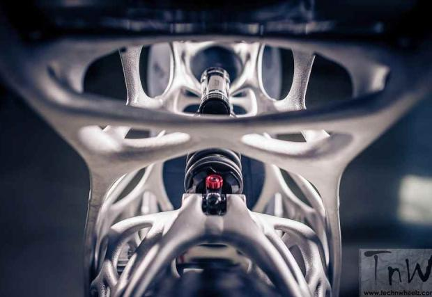 Това е мотор, казва се Light Rider и е излязъл от... 3D принтер. Първият в света е,  дело е на Airbus