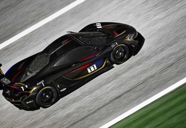 Черен, нов и бърз: McLaren направи специален P1 GTR