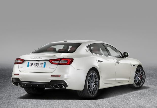 Maserati Qattroporte: сериозен ъпдейт. Най-големият тризъбец е по-остър от всякога