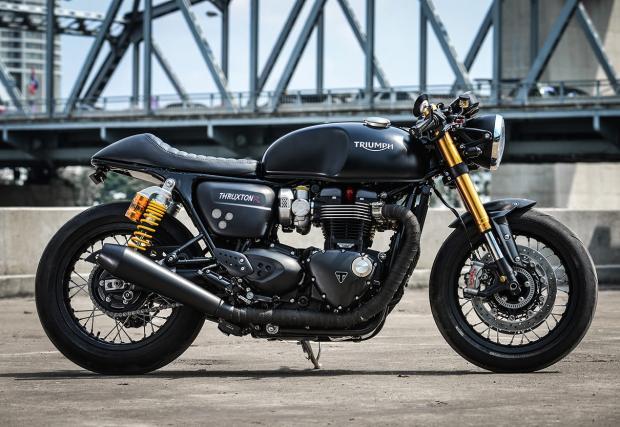 """Едно от най-готините съвременни """"кафета"""". Категорично. Triumph Thruxton R от K-Speed"""