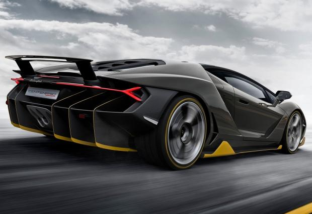 Ако скромността краси колата, то това Lambo Centenario е мега грозно. Но не е