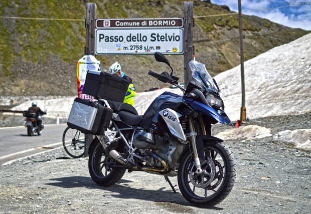 Да хванеш краткия път през Алпите: Мюнхен-Гармиш, 1100 км. BMW Motorrad Days 2016