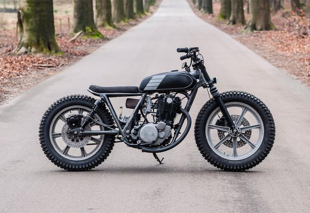 Къстъм на квадрат: 1978 Yamaha SR500