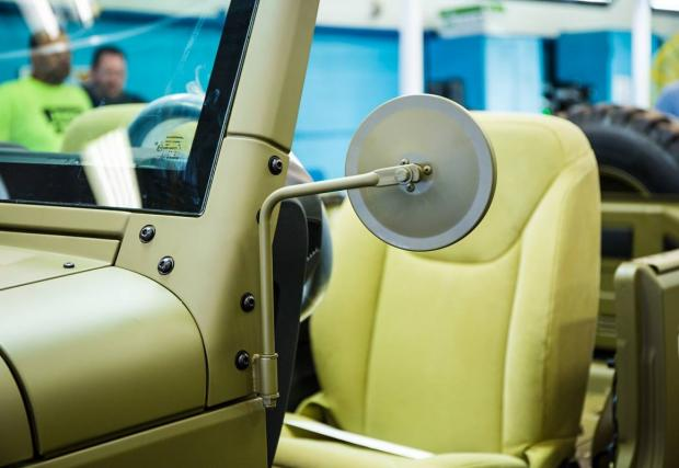 75 години Jeep. Марката направи почетно возило по повода, което изглежда доooста яко