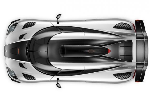 """Koenigsegg One:1 катастрофира тежко на """"Ринга"""". Пилотът е добре, за разлика от колата струваща 12 млн. лева... Видео"""