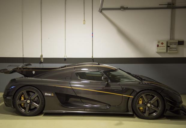 Ето защо Koenigsegg е една от най-готините автомобилни марки в света. Никога не сте чели подобен доклад от катастрофа. Респект!