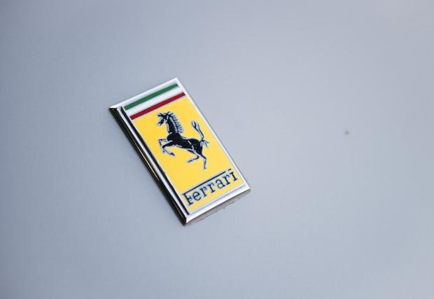 1956 Ferrari 250 GT Berlinetta Competizione \'Tour de France\' от Scaglietti. Дълго име с много история. Колата се продава за 8 млн. долара