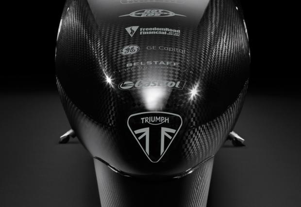 Triumph най-после са готови да потрошат рекорда за скорост с мотоциклет. С техния Rocket с 1000 коня...