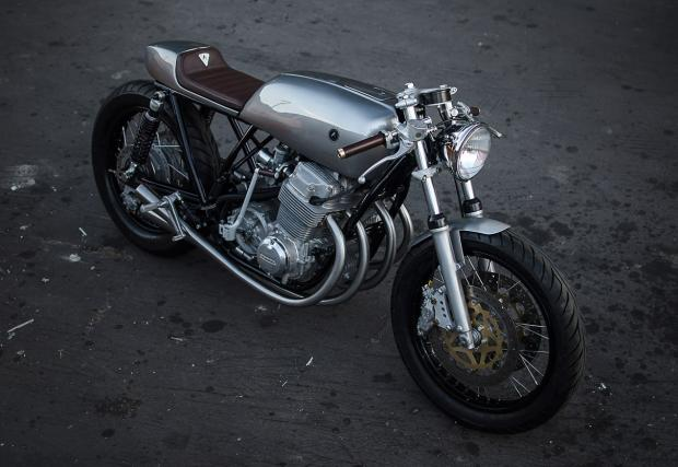 Чиста, като кристал: Auto Fabrica Honda CB750 \