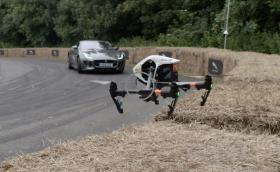 Изкуството да снимаш с дрон и 2016 Goodwood Festival of Speed, през очите на DJI. Изумително събитие, заснето по изумителен начин. Видео