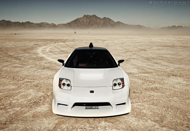 Убиецът на Ferrari: Брутално елегантната Honda NSX-R GT