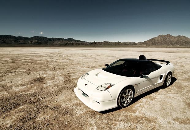 Убиецът на Ferrari: Бутално елегантната Honda NSX-R GT