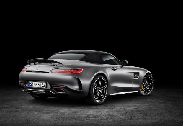 Чисто нов и много отворен: Mercedes-AMG GT Roadster. И видео
