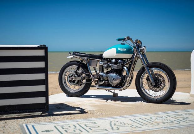 Освежаващо чист: Triumph Bonneville от FCR Original