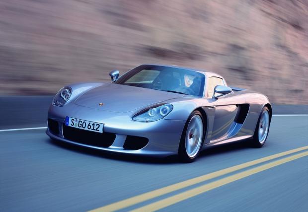 Епохалното Porsche Carrera GT: един от най-добрите автомобили правени някога. Ето защо