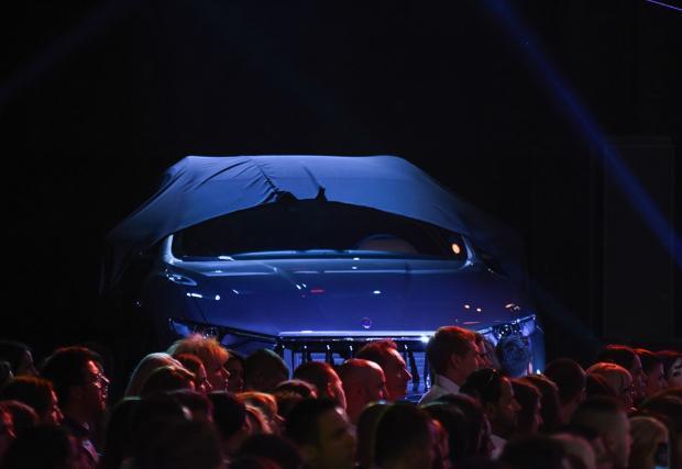 Хоп, джипчето на Maserati кацна в България. Вече може да се оглеждате и за Levante
