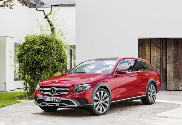 Mercedes-Benz E-Class All-Terrain: новото комби за навсякъде