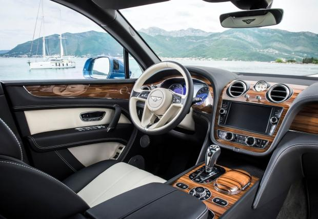 Bentely дизел. Bentley. Дизел. Първата нафтова кола на марката е вече факт: Bentayga Diesel с три турбини и 435 к.с.