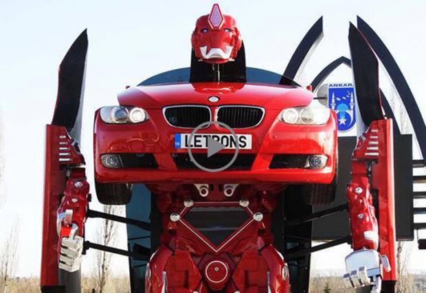 Истински трансформър: BMW E92 се превръща в робот. Видео