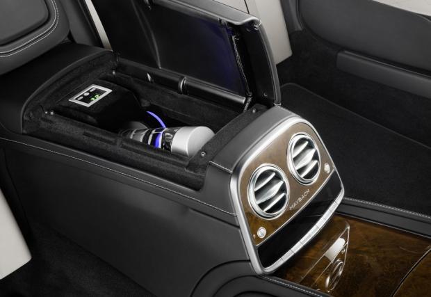 Да си бомбоустоичив със стил: Mercedes-Maybach S 600 Pullman Guard за 1,4 милиона евро