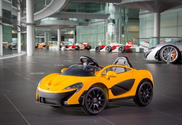McLaren пуска лимитирана серия P1, изцяло на ток. Била идеална за... шестгодишни